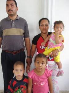 Alexis Araujo en familie