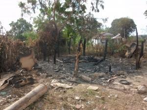 Afgebrande huisje jong gezin